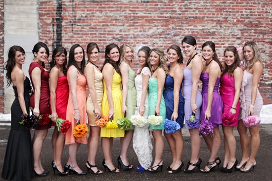 Что надеть на свадьбу сестры?