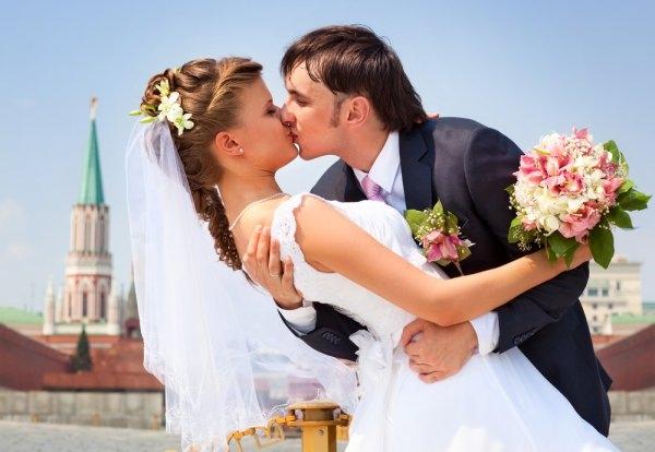 Найти поведение жениха в брачную ночь