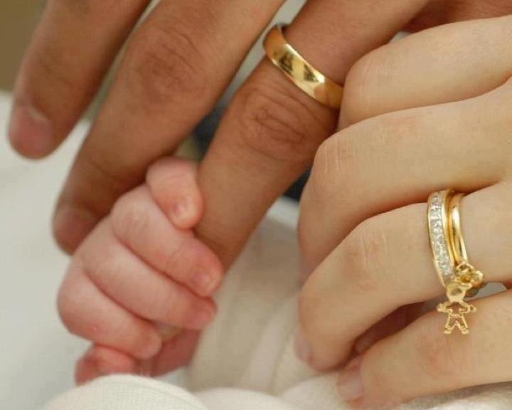 Фото во время обмениваться кольцо