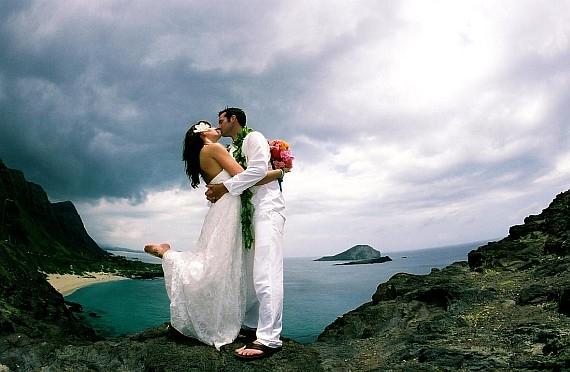 Фотографии молодоженов в медовый месяц в стиле ню, парни дрочат на прохожих девушек