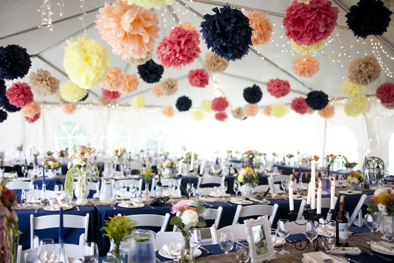 Как украсить своими руками на свадьбу зал шарами