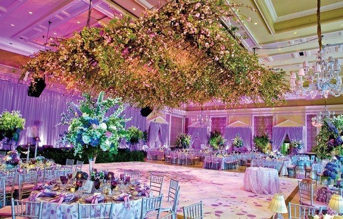 Потолок в свадебном зале