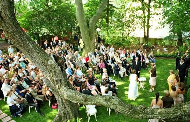 Как обыграть свадьбу на природе?