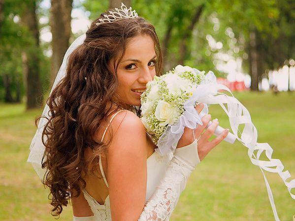 Диадемы для свадьбы с гребешком