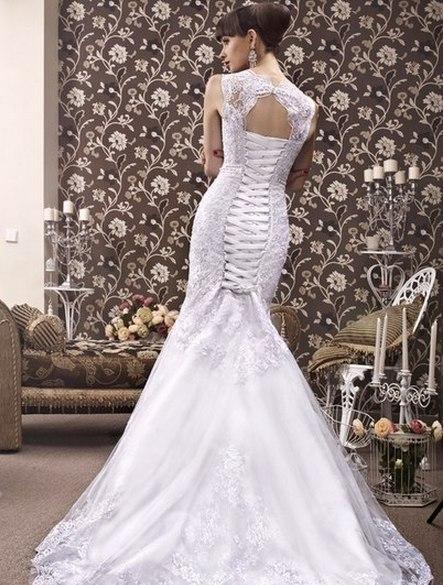 Фото со свадьбы со спины
