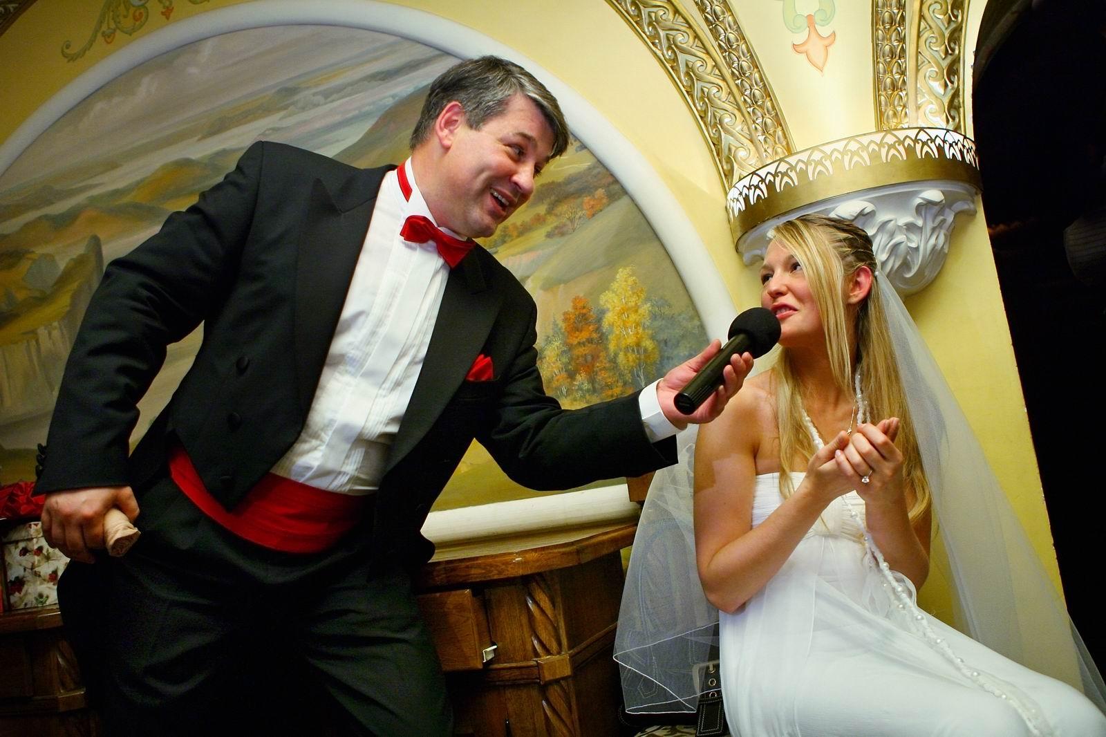 Учит перед свадьбой 18 фотография