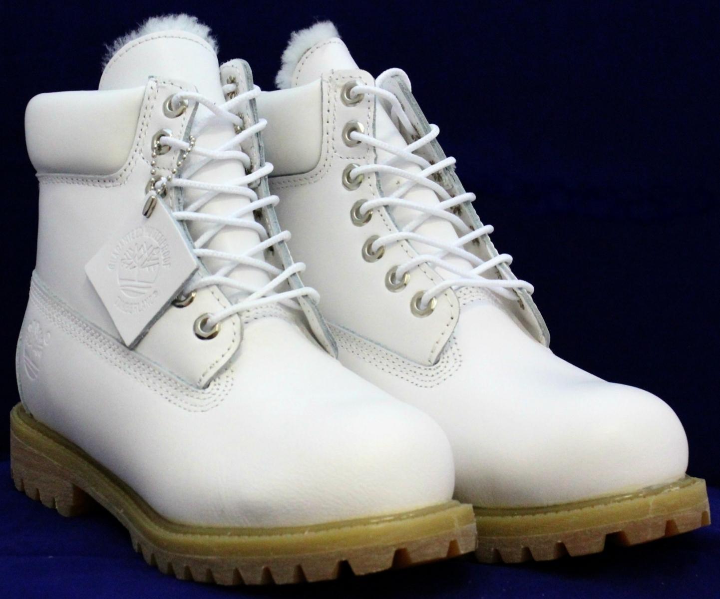 Розовые зимние ботинки с мехом
