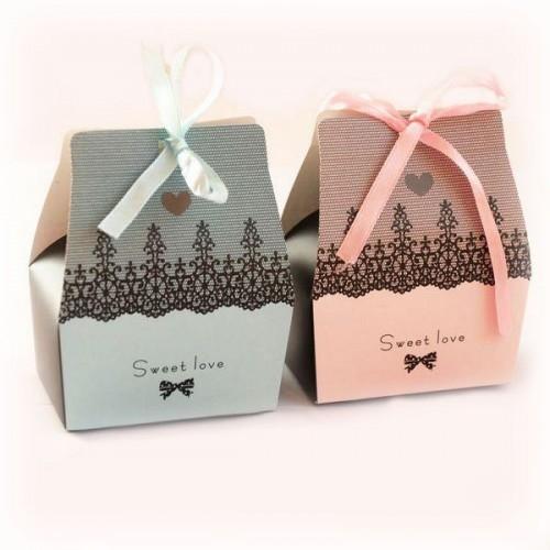Конфеты подарочки гостям