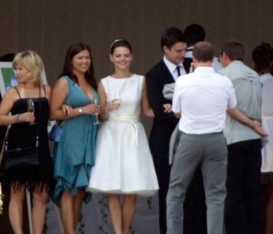 Как одеться на свадьбу родственникам?