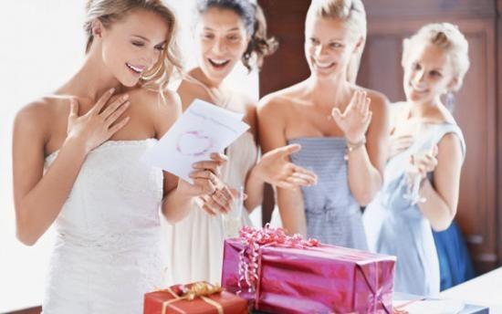 Практичный подарок на свадьбу