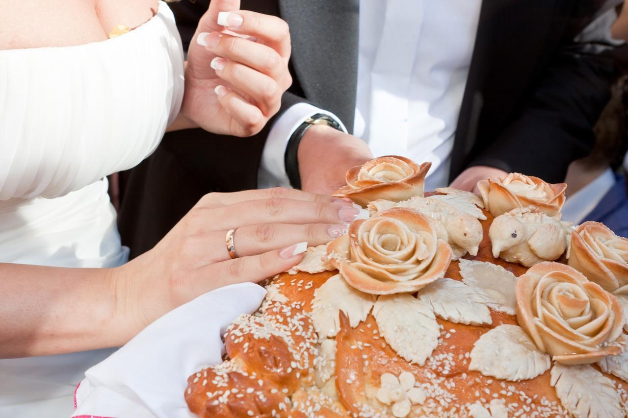Оформление свадебного каравая