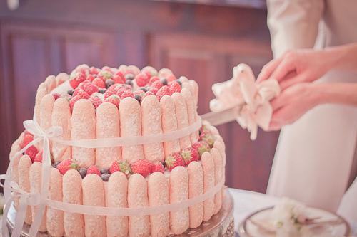 Свадебный торт летом