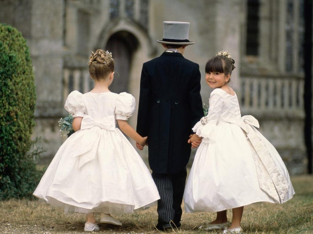 Что одеть подростку на свадьбу обычное?