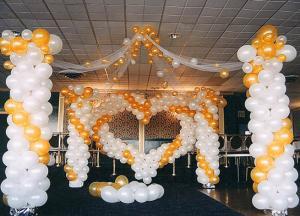 Свадебный торт в форме воздушного шара