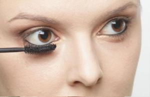 Как сделать выразительные глаза без туши