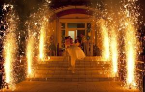 Эффектное завершение свадьбы