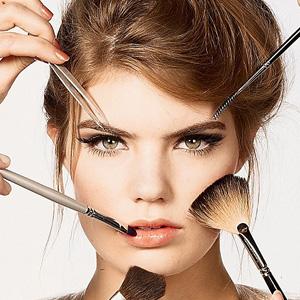 Увеличить губы с помощью макияжа