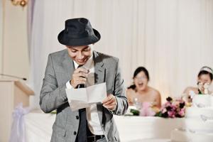 Оригинальное коллективное поздравление на свадьбу