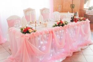 Оригинальныйдекор свадебного стола