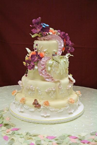 Торт с хрусталем