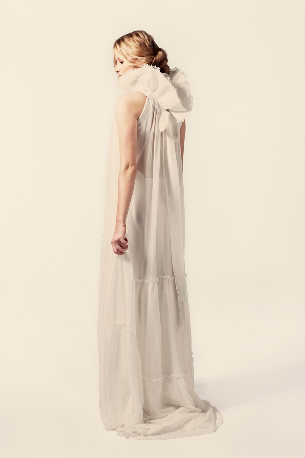 Платья из плиссированной ткани