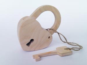 Купить подарок из дерева