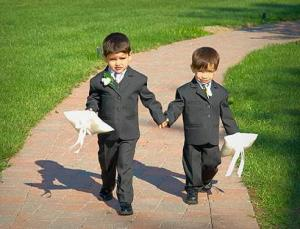 Как одеть мальчика на свадьбу?