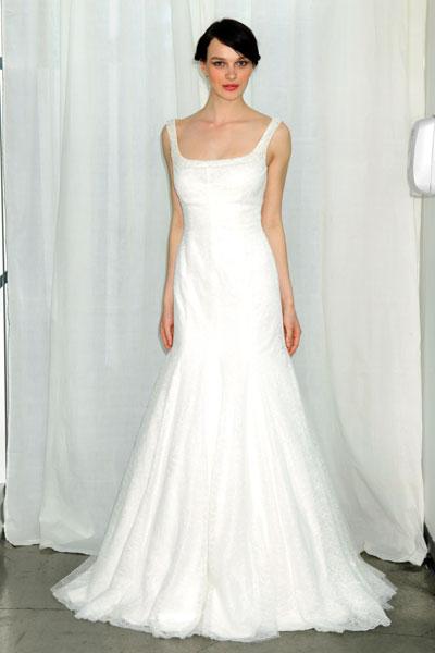 Свадебеое платье с разрехом