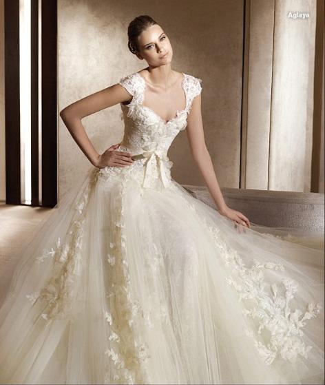 Доступные свадебные платья 2011 от Charme