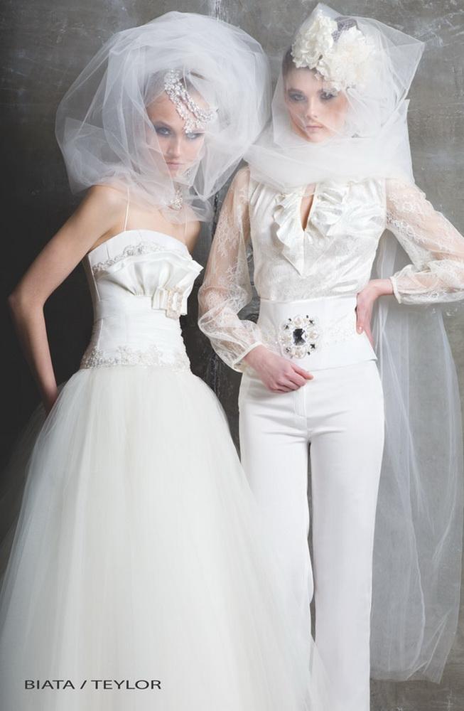 Красивые брючные костюмы женские