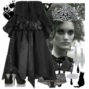 Свадебное платье чарного цвета