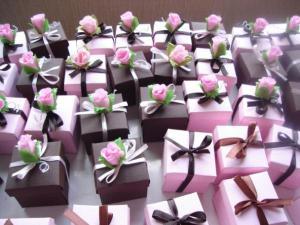 Подарки на свадьбе для гостей
