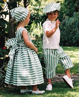 Как одеть девочек в одном стиле?