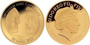 Королевские монеты цена