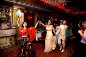 Каких артистов пригласить на свадьбу?